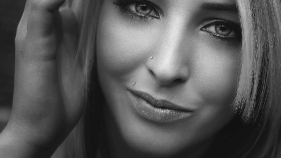 Model: Julia Bauer