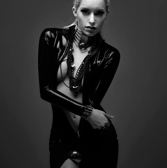 Model: Sarah Weihrauch