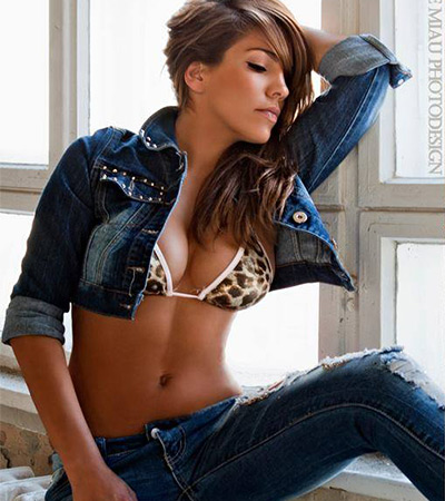 Model: Mitzi