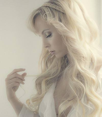 Model: Cathleen Sattler